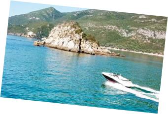 passeio de barco em arrábida